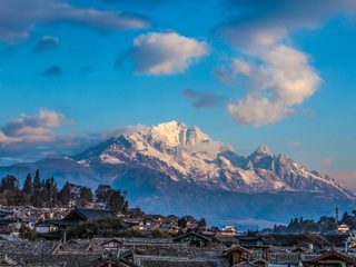 20210209181238-Jade Dragon Snow Mountain.jpg